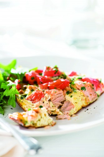 021_Dela_Frittata-with-Tuna-and-Tomatoes_art_r1-333x500